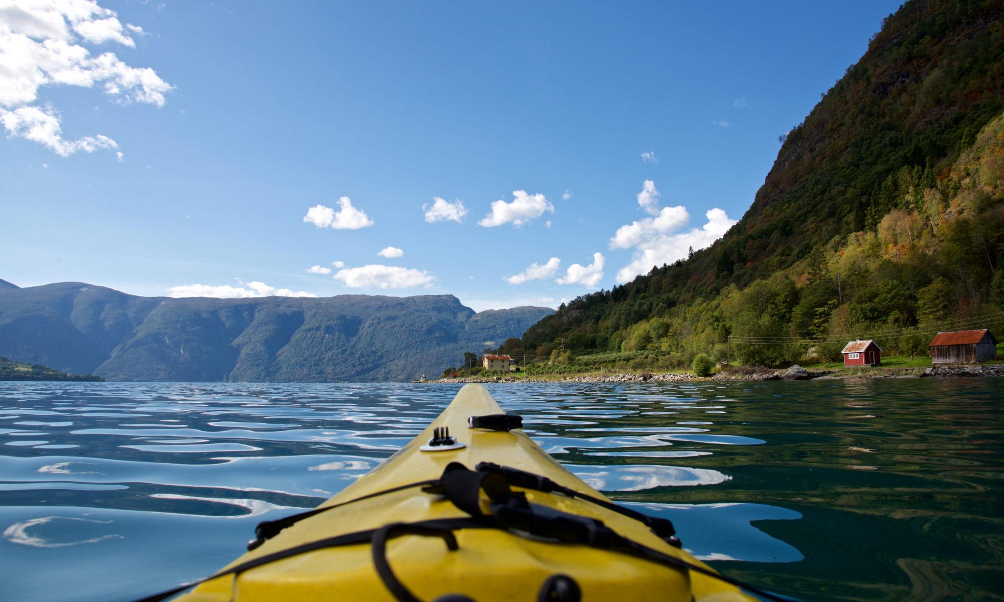 Kayaking on the Lustrafjord