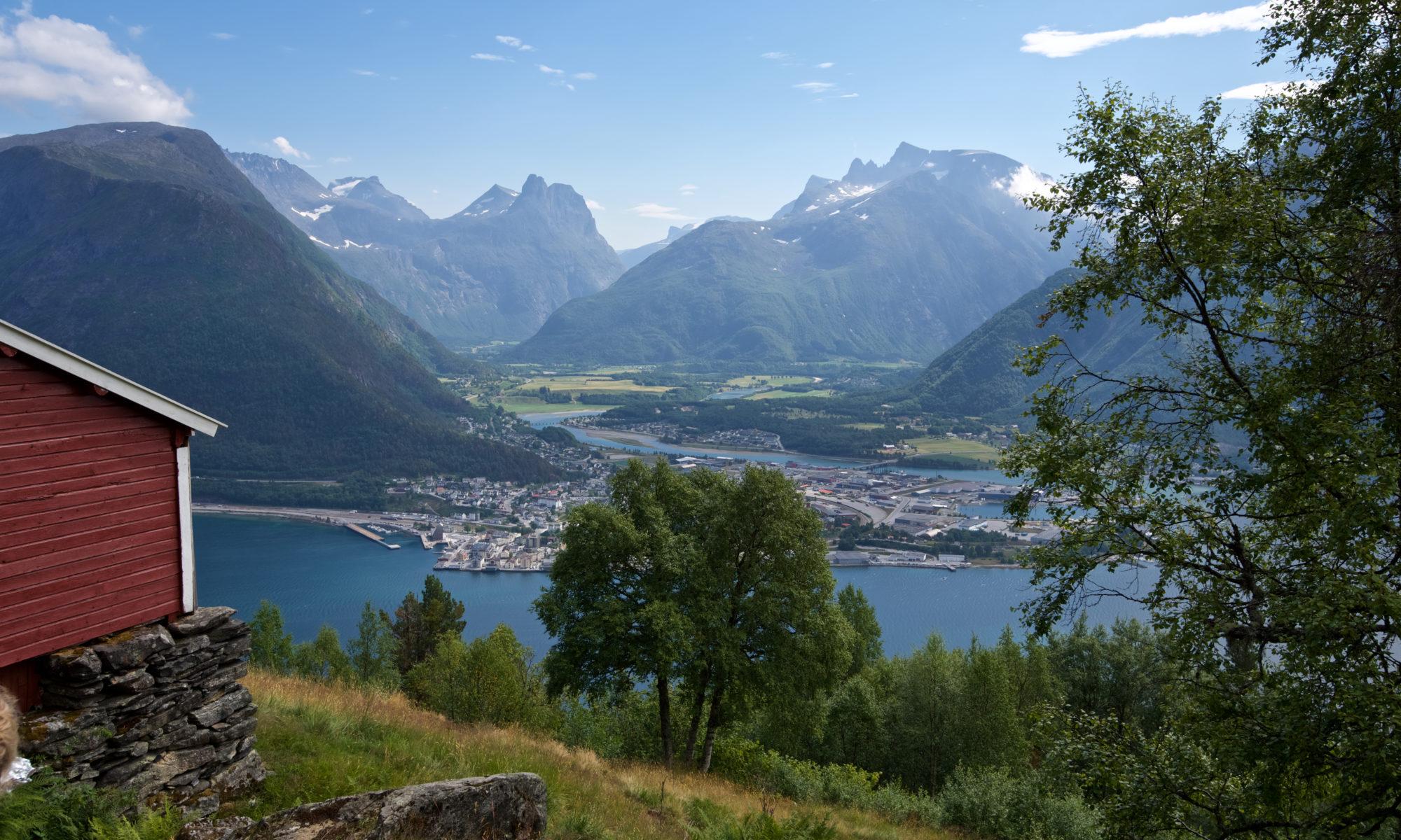 Einangsetra in Isfjorden, Romsdal