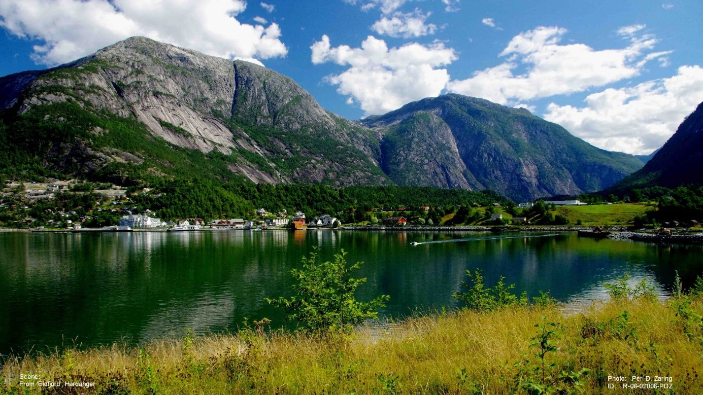 Eidfjord in the innermost of the Hardangerfjord with the large last Ice Age terrace.