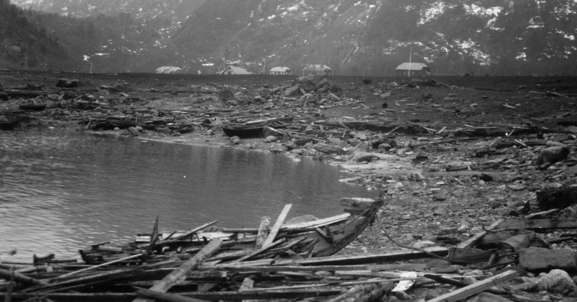 Tafjord after the tsunamis had come on April 7th, 1934.