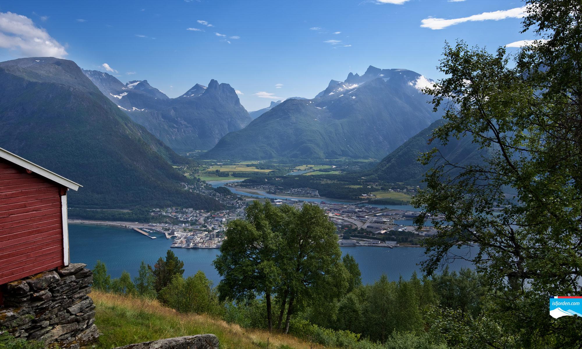 Einangsetra in Romsdal, Norway.