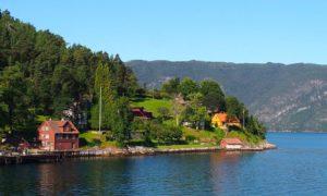 Fjords Living - Frønningen in the Sognefjord