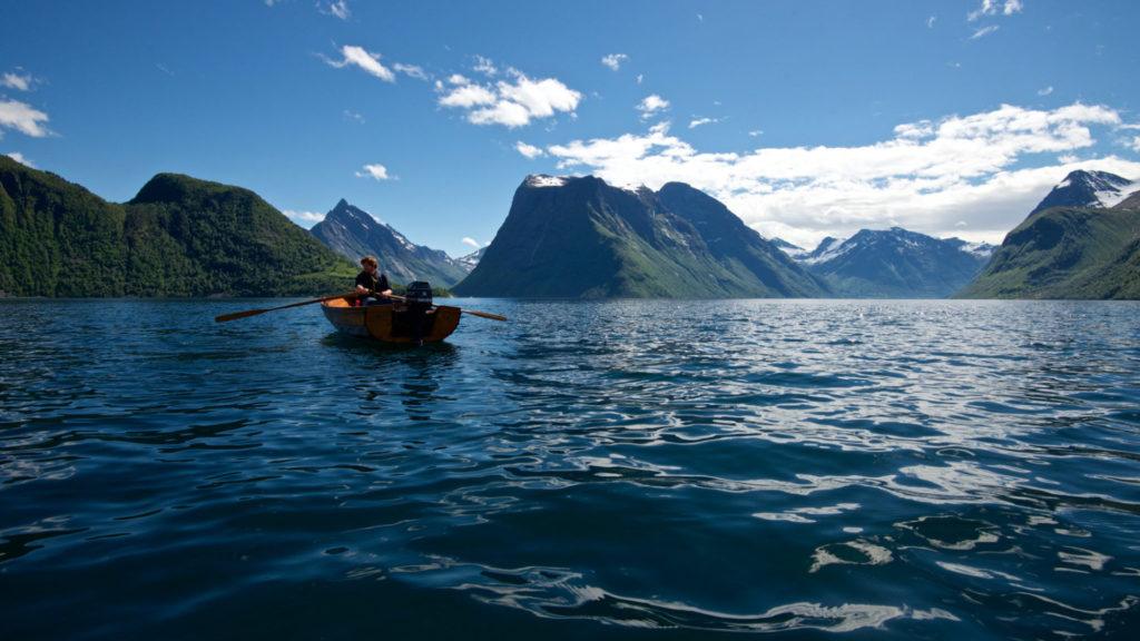 FJORDS NORWAY - The Hjørundfjord