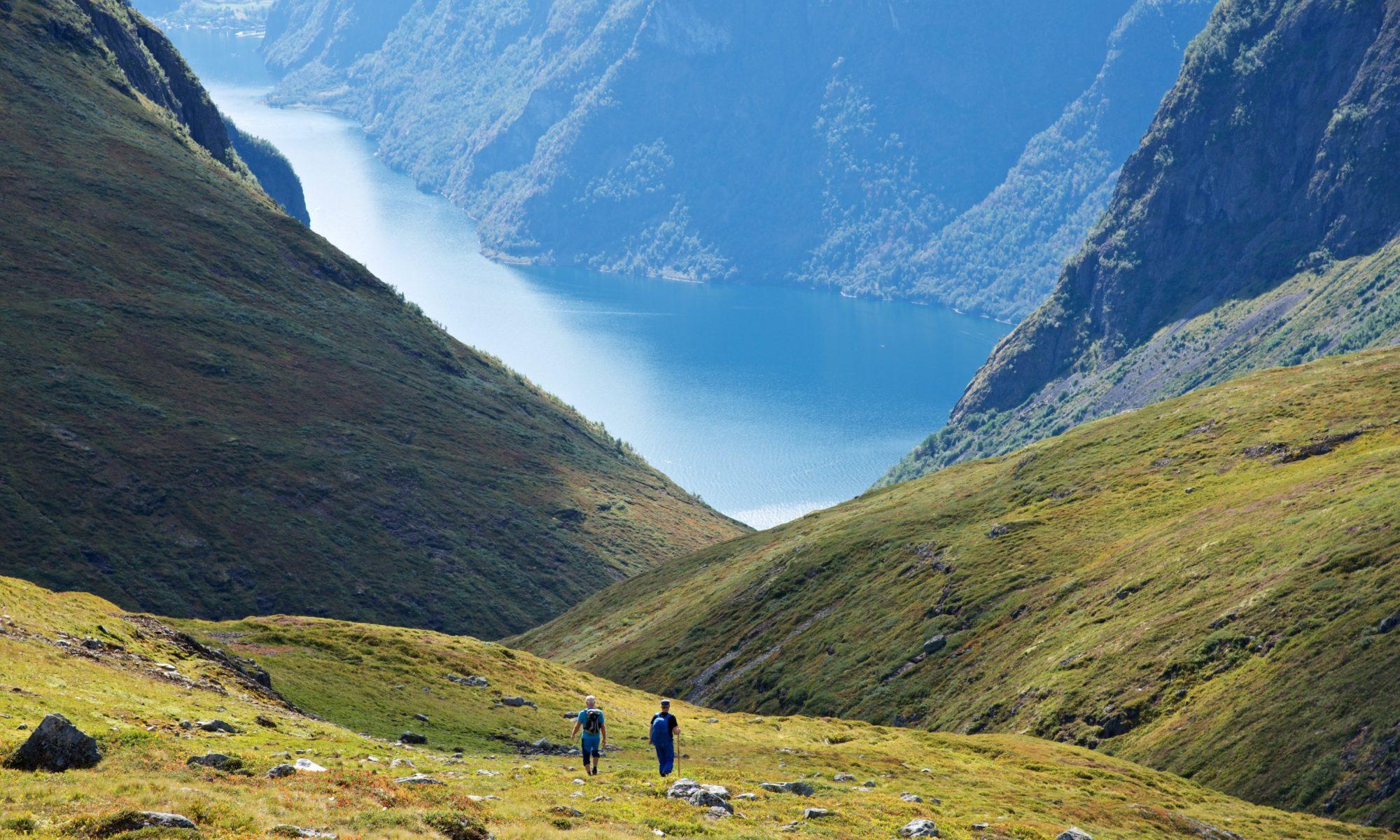 FJORDS NORGE - Vandring, fotturer og fjellturer ved fjordene på vestlandet