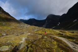 The trail towards Austerdalsbreen Glacier.