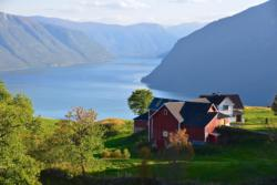 Farm at Mollandsmarki by the Lustrafjord