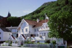 26 Established in 1722 - Utne Hotel on the northernmost of the Folgefonn peninsula.