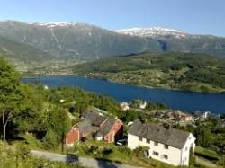 30 Ulvik with inner parts of the Ulvikfjorden tributary fjord.