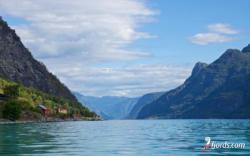 The Lustrafjord, Sogn
