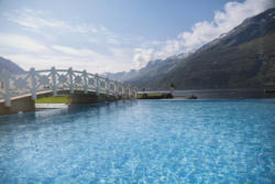 Hotel Ullensvang Bath & Wellness, infinity pool. Photo: Jeanett Økland