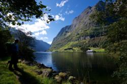 Den Kongelige Postveg langs Nærøyfjorden