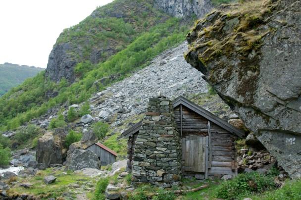 The farm Almen in the Aurlandsdalen Valley. Photo: www.fjords.com