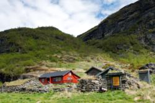 Nesbø Mountainfarm in the Aurlandsdalen Valley.  Photo: www.fjords.com