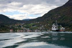 The ferry from Lustrabaatane on the Lustrafjord on it´s way to Solvorn.