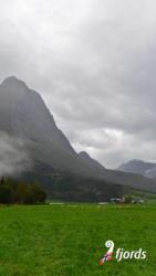040 iphoneErdalen in Stryn, Nordfjord. Sogn og Fjordane, Norway.