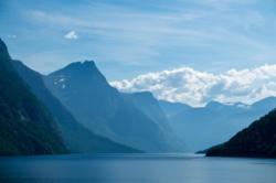 Lake Eikesdalsvatnet in Romsdal.