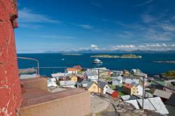Ona Island and Ona Lighthouse