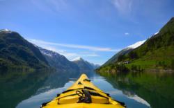 Kayaking the Fjærlandsfjord in Sogn