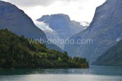 Lake Lovatnet in Loen