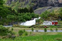 Cycling Rallarvegen (The Navvie`s Road)