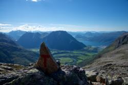 On the Romsdalseggen Ridge, on a small detour towards Mt. Blånebba.