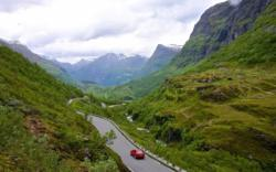 The road between Geiranger and Dalsnibba. Photo: www.fjords.com