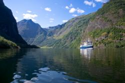 Fjordcruise on the UNESCO Protected Nærøyfjord in Sogn.