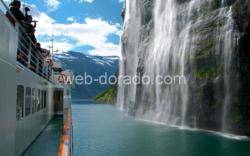 Fjordcruise on the Geirangerfjord, passing the Bridal Veil Waterfall.